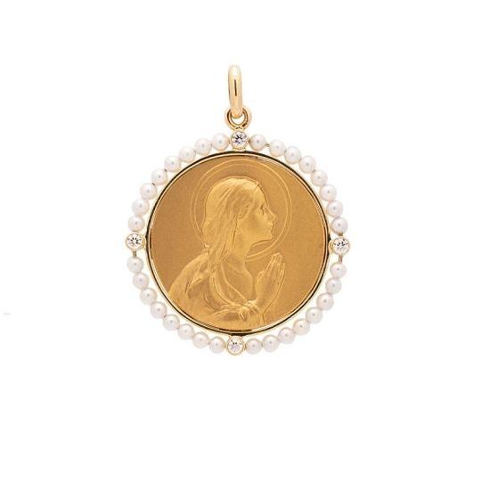 Medalla de oro amarillo, perlas y diamantes.  - 1